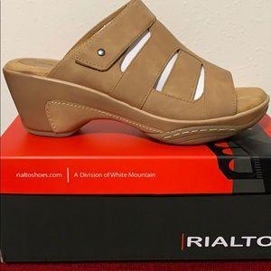 Women's Rialto Venus Slide Sandals Size 9.5